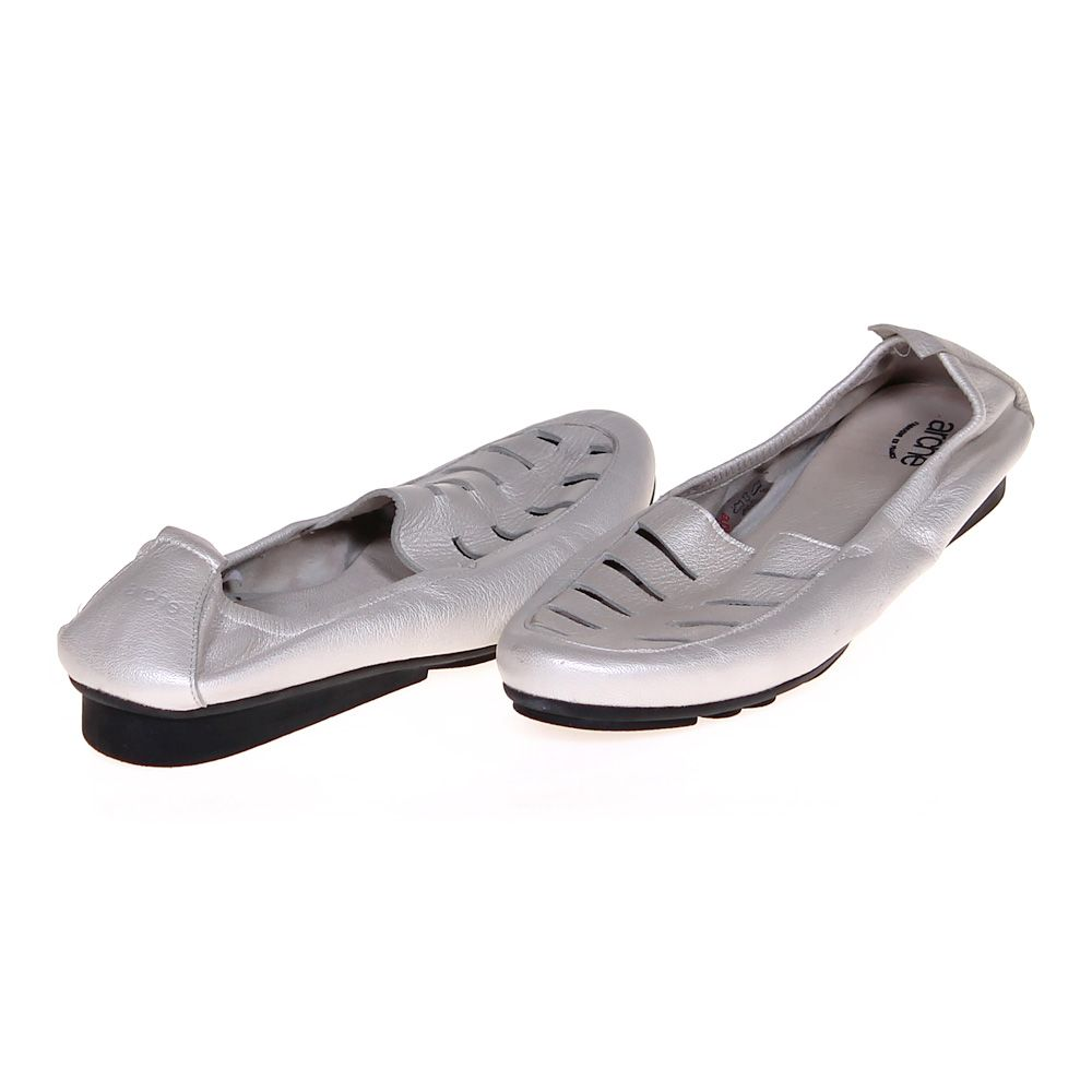 "Image of ""Casual Flats, size 11 Women's"""