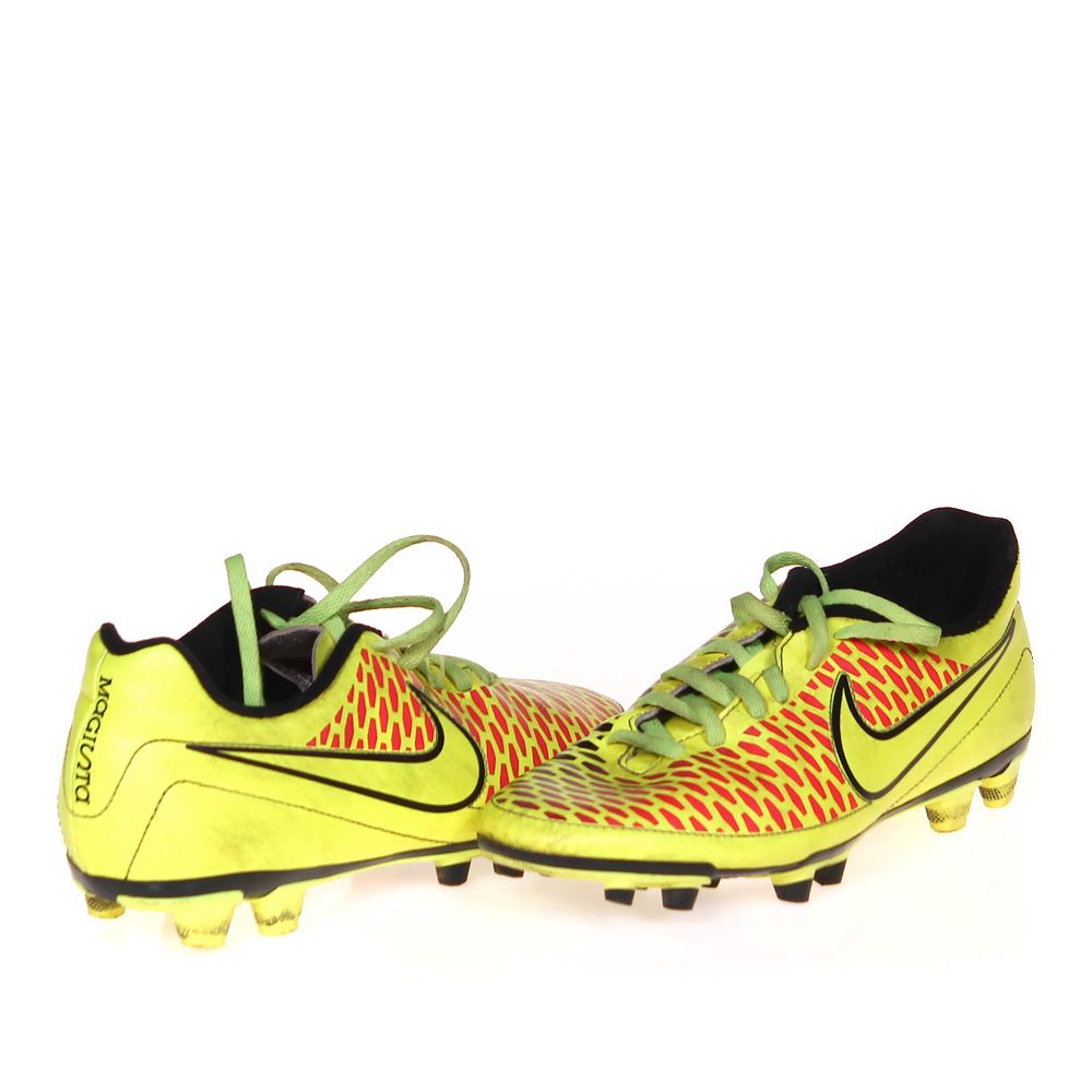 """""""""""Athletic Soccer Cleats, size 7.5 Women's"""""""""""" 4050194307"""