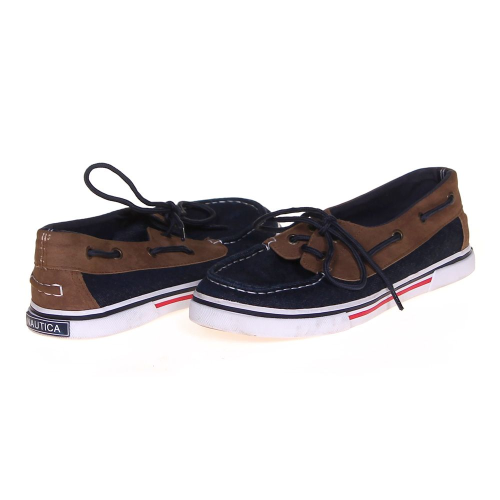 Stylish Boat Shoes Size 4 Womens