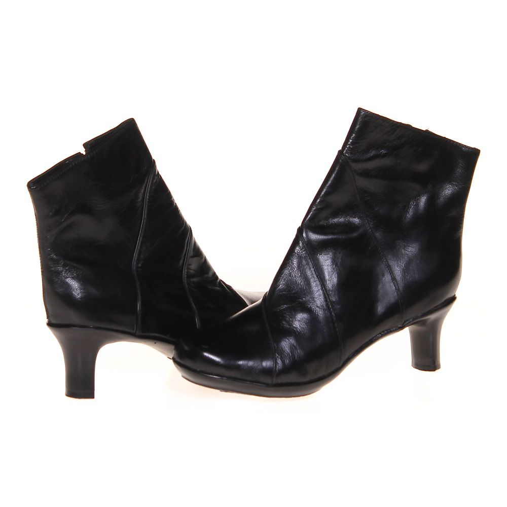 """Image of """"Ankle Boots, size 6 Women's"""""""
