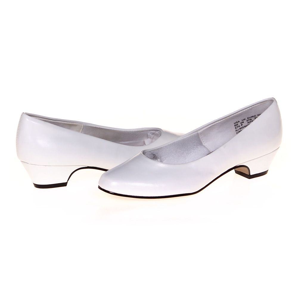 Slip-ons, Size 6 Womens