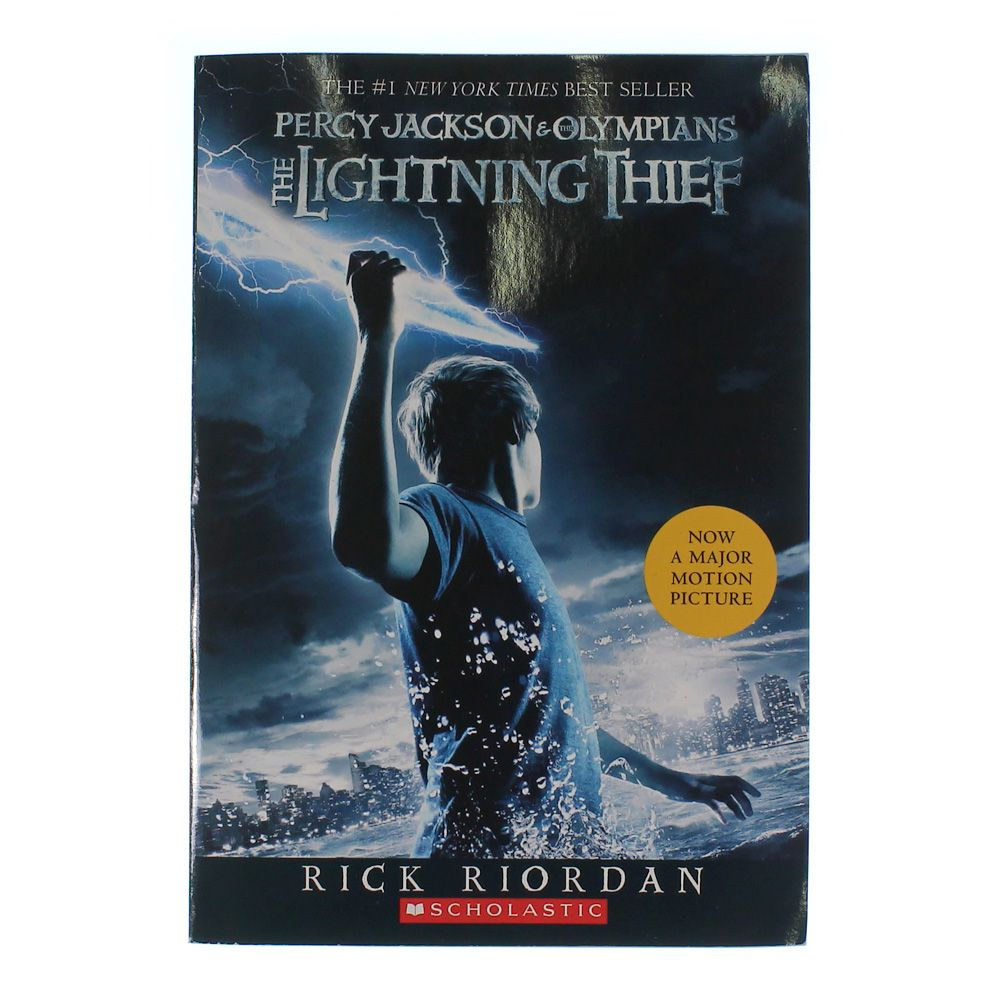 Book: Percy Jackson & The Olympians: The Lightning Thief 7405248349