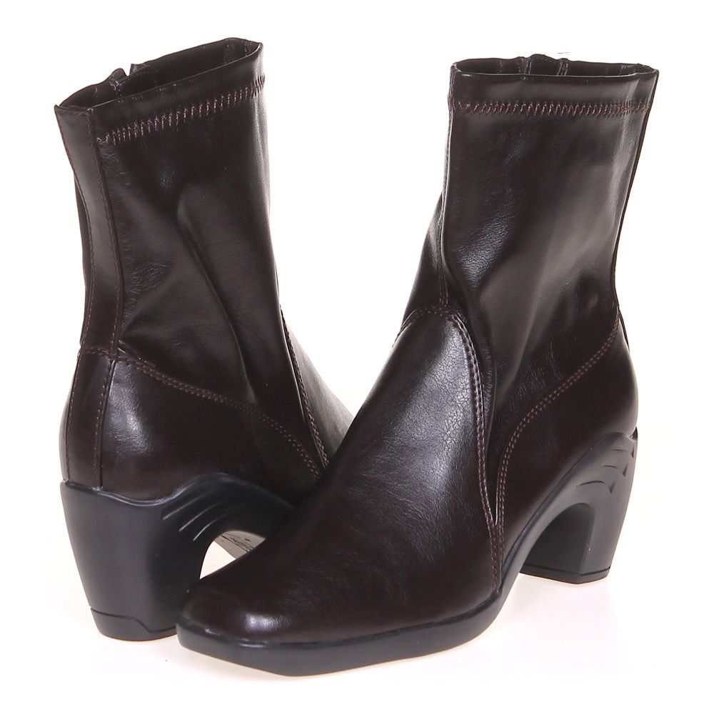 """Image of """"Boots, size 5 Women's"""""""