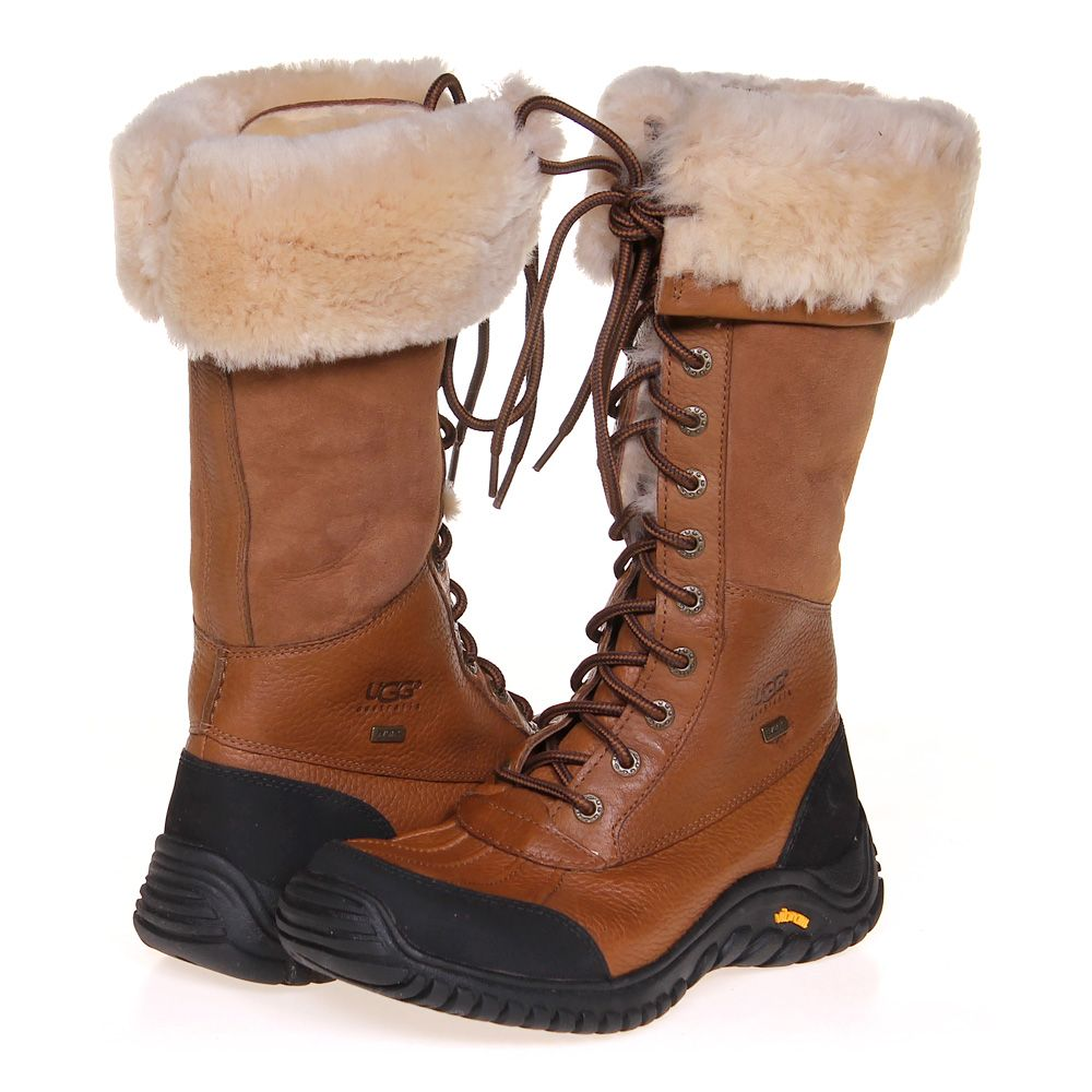 "Image of ""Snow Boots, size 8 Women's"""