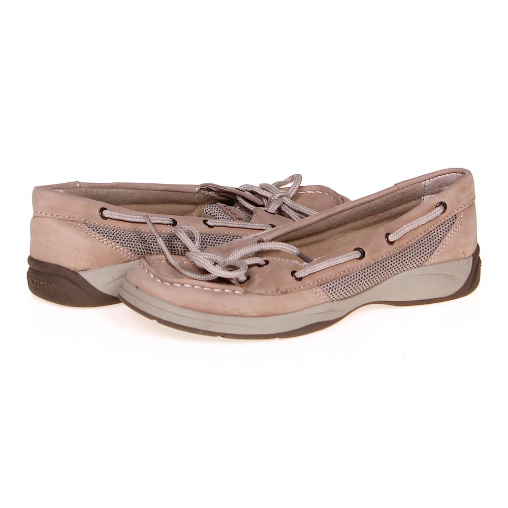 "Image of ""Boat Shoes, size 4.5 Women's"""