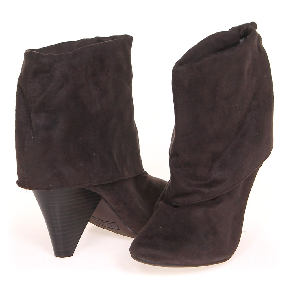 """Image of """"Boots, size 5.5 Women's"""""""