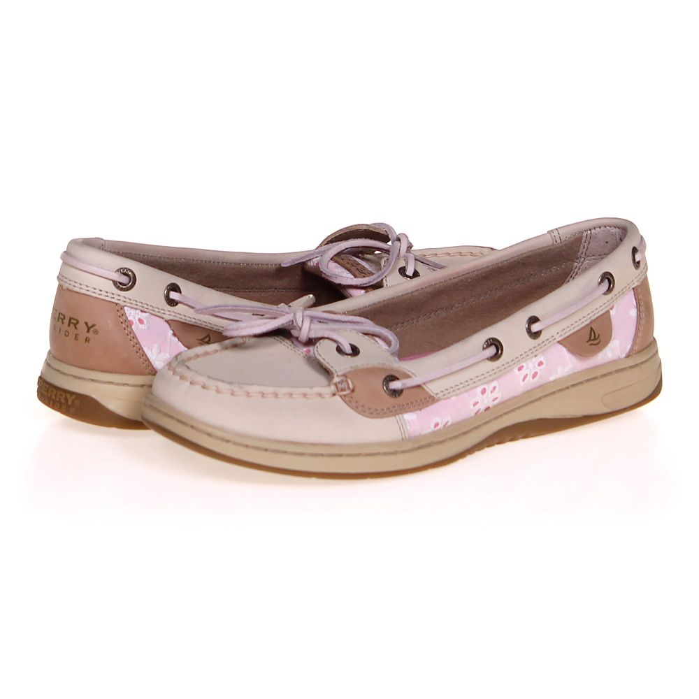 "Image of ""Boat Shoes, size 7.5 Women's"""