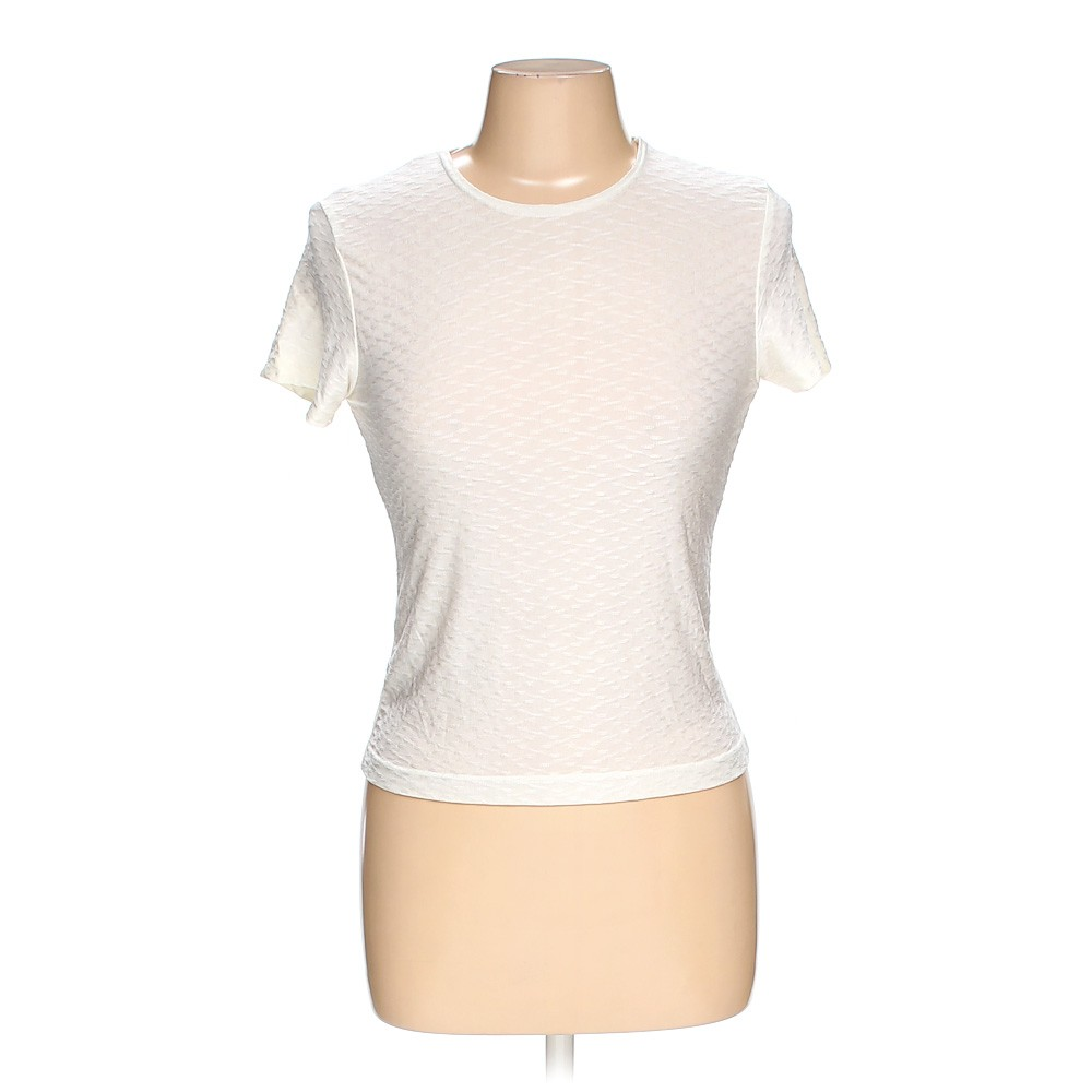 White kenar shirt in size m at up to 95 off for How to hand wash white shirt