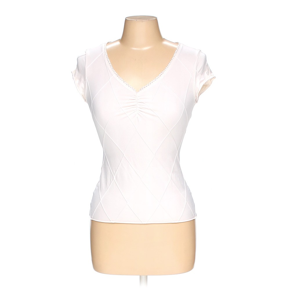 White wrapper shirt in size m at up to 95 off for How to hand wash white shirt