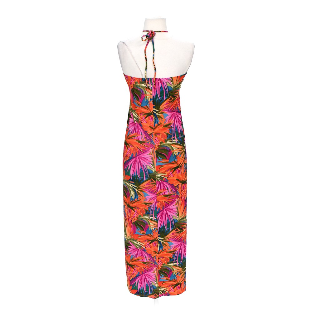Sexy hot pink maxi dress. Size small. Body central brand. Smoke free home. Fast shipping. Discounts on bundles.